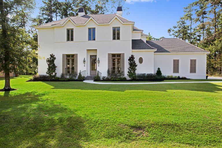 PD&D BAN-Exterior 1 Luxury Home Design